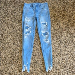 2 pairs of american eagle jeans